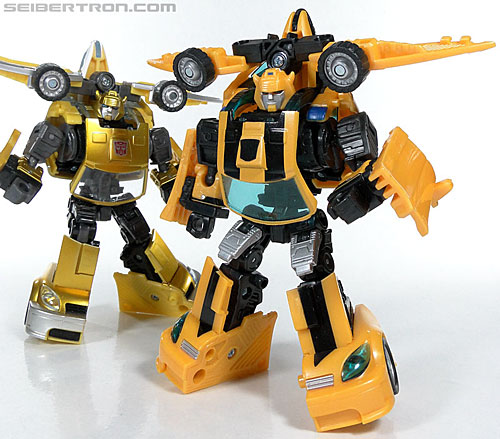 Transformers Reveal The Shield Bumblebee (Image #115 of 141)