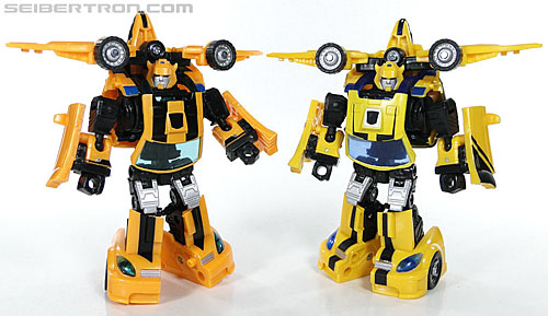 Transformers Reveal The Shield Bumblebee (Image #129 of 141)