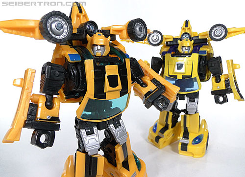 Transformers Reveal The Shield Bumblebee (Image #131 of 141)