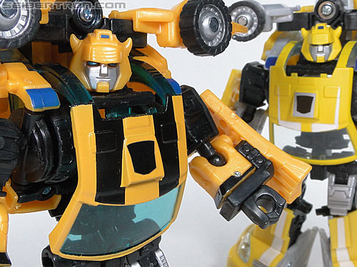 Transformers Reveal The Shield Bumblebee (Image #136 of 141)