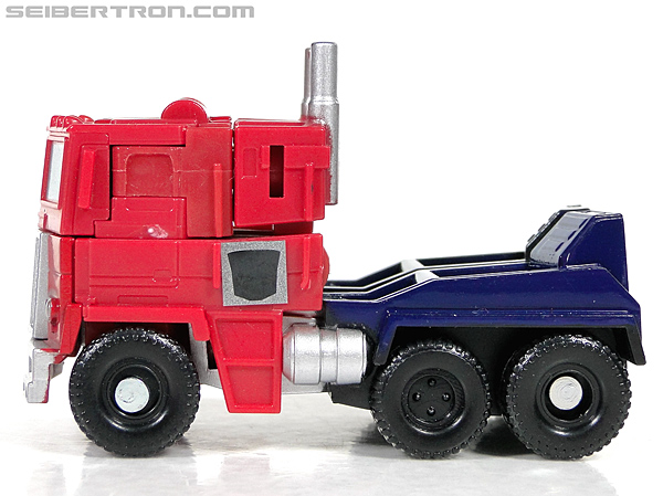 Transformers Reveal The Shield Optimus Prime (Image #21 of 93)