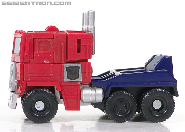 Transformers Reveal The Shield Optimus Prime (Image #28 of 93)