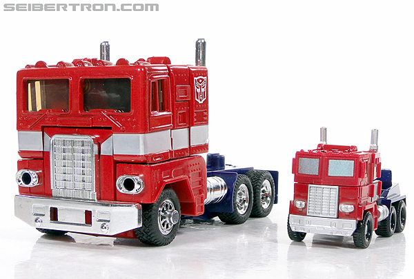 Transformers Reveal The Shield Optimus Prime (Image #31 of 93)