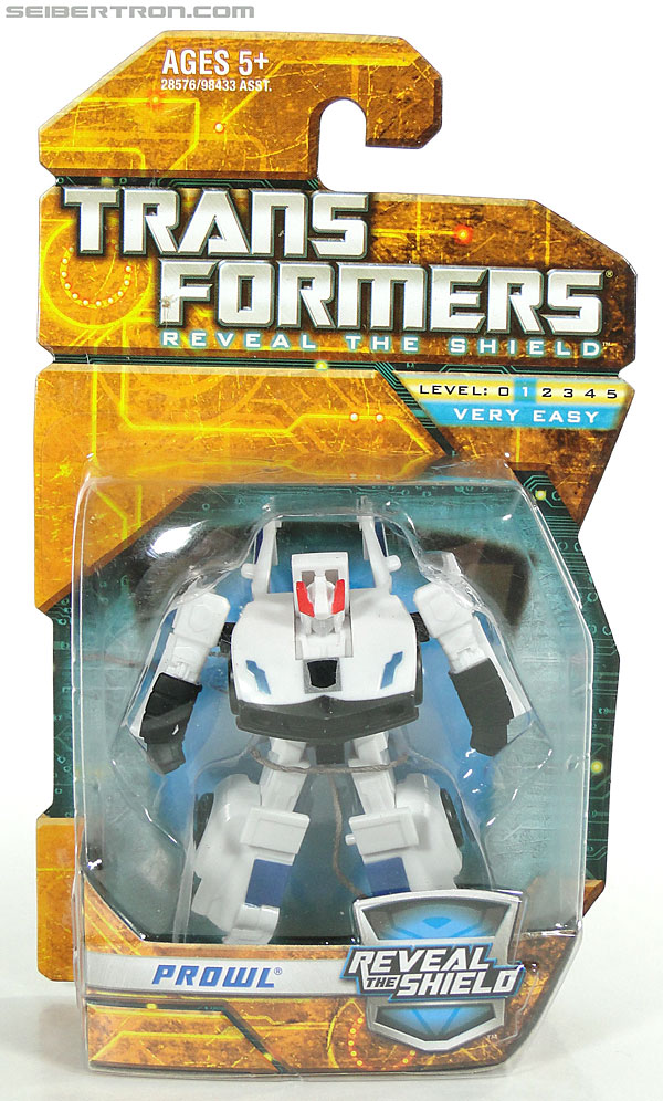Transformers Reveal The Shield Prowl (Image #1 of 76)
