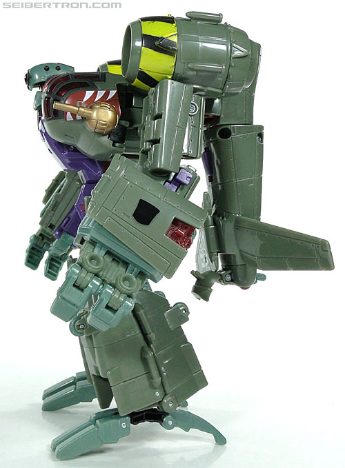 Transformers Reveal The Shield Lugnut (Image #57 of 107)