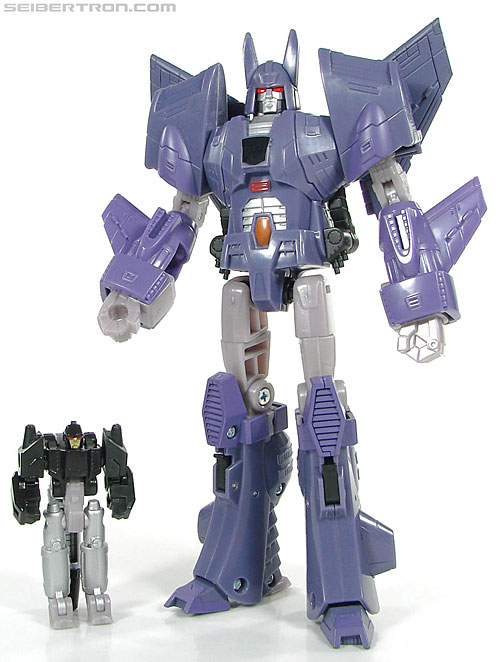 Transformers Reveal The Shield Nightstick (Image #48 of 54)