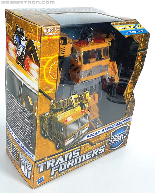 Transformers Reveal The Shield Solar Storm Grappel (Grapple) (Image #3 of 149)