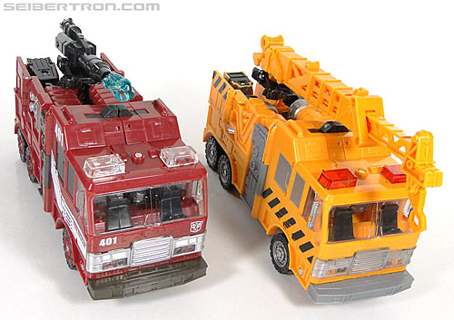 Transformers Reveal The Shield Solar Storm Grappel (Grapple) (Image #40 of 149)