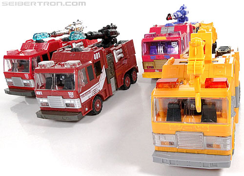 Transformers Reveal The Shield Solar Storm Grappel (Grapple) (Image #46 of 149)