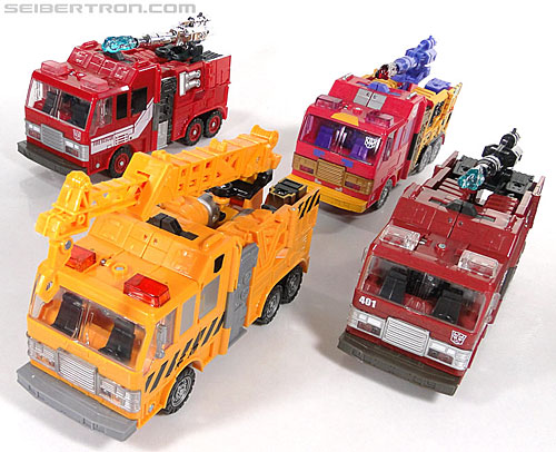 Transformers Reveal The Shield Solar Storm Grappel (Grapple) (Image #47 of 149)