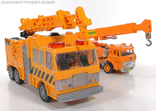 Transformers Reveal The Shield Solar Storm Grappel (Grapple) (Image #59 of 149)