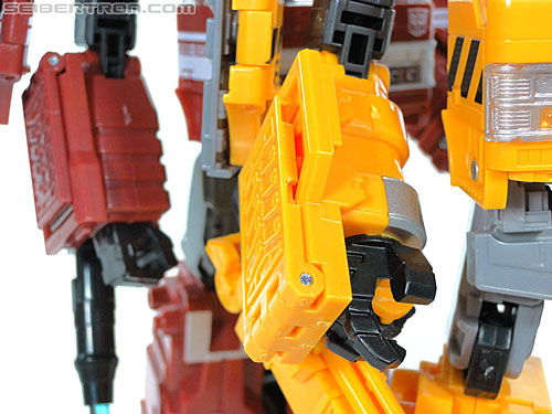 Transformers Reveal The Shield Solar Storm Grappel (Grapple) (Image #111 of 149)