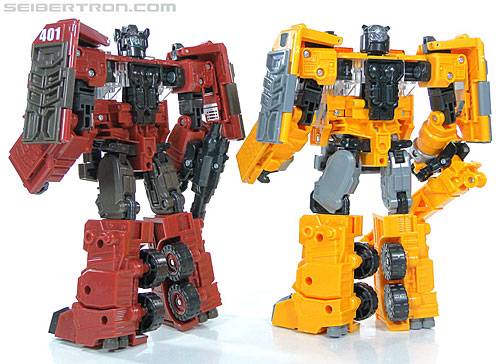 Transformers Reveal The Shield Solar Storm Grappel ...