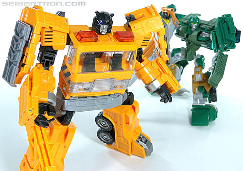 Transformers Reveal The Shield Solar Storm Grappel (Grapple) (Image #133 of 149)
