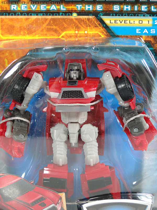Transformers Reveal The Shield Windcharger (Image #2 of 141)