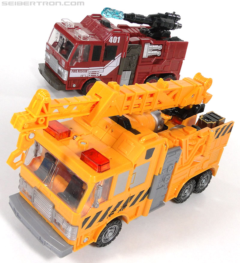 Transformers Reveal The Shield Solar Storm Grappel (Grapple) (Image #45 of 149)