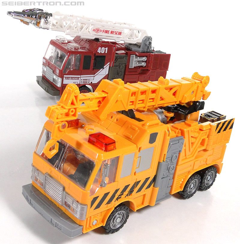 Transformers Reveal The Shield Solar Storm Grappel (Grapple) (Image #52 of 149)