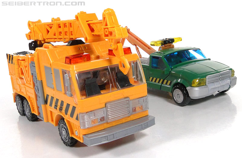 Transformers Reveal The Shield Solar Storm Grappel (Grapple) (Image #53 of 149)