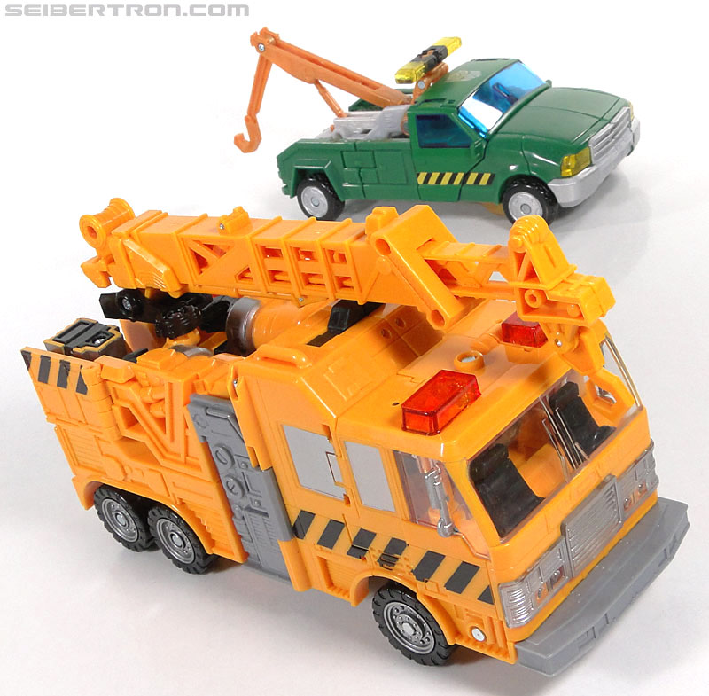 Transformers Reveal The Shield Solar Storm Grappel (Grapple) (Image #54 of 149)