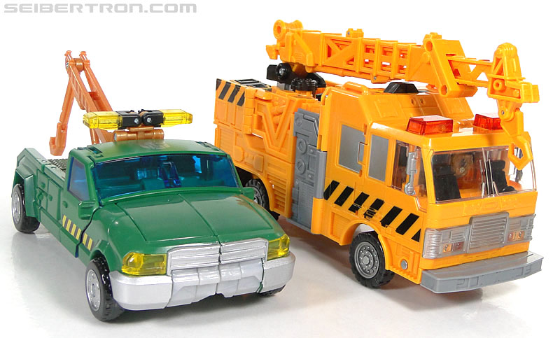 Transformers Reveal The Shield Solar Storm Grappel (Grapple) (Image #55 of 149)
