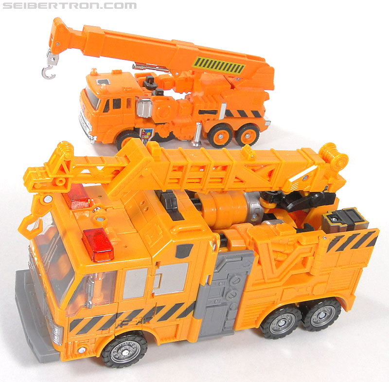 Transformers Reveal The Shield Solar Storm Grappel (Grapple) (Image #61 of 149)