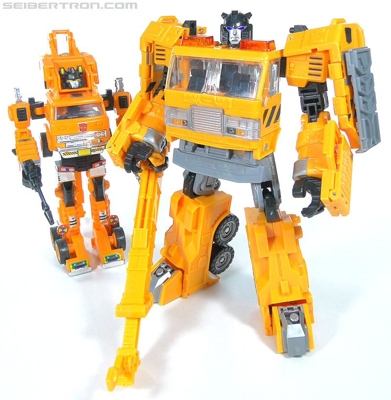 Transformers Reveal The Shield Solar Storm Grappel (Grapple) (Image #100 of 149)