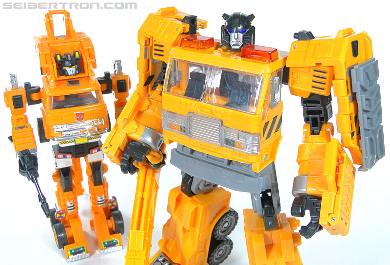 Transformers Reveal The Shield Solar Storm Grappel (Grapple) (Image #101 of 149)