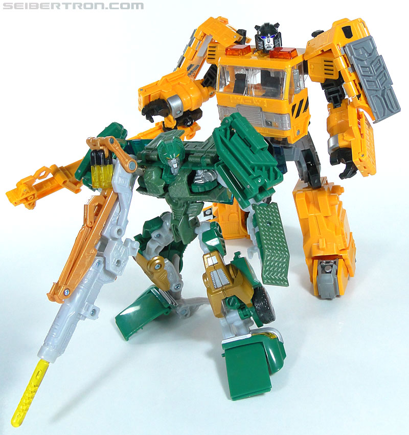 Transformers Reveal The Shield Solar Storm Grappel (Grapple) (Image #131 of 149)