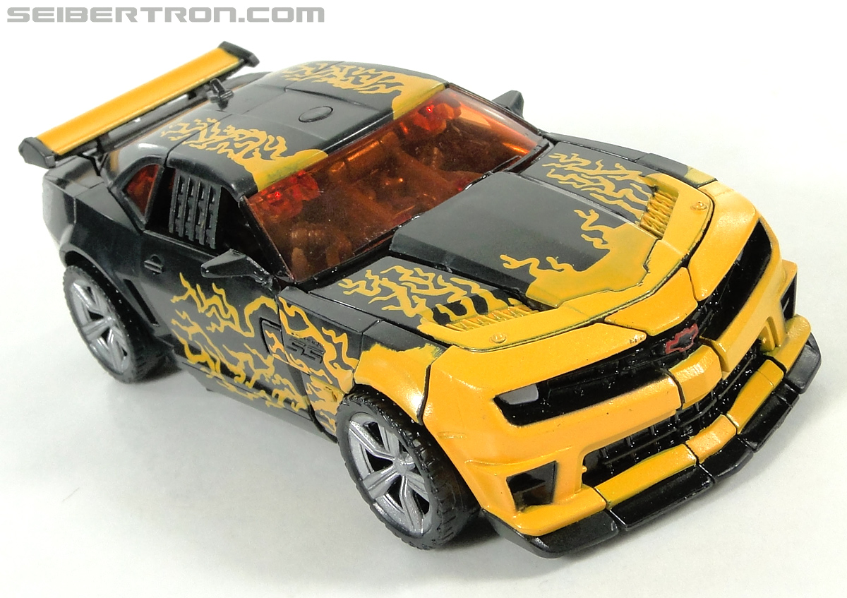 Transformers Dark of the Moon Cyberfire Bumblebee (Bumblebee) (Image #17 of 138)
