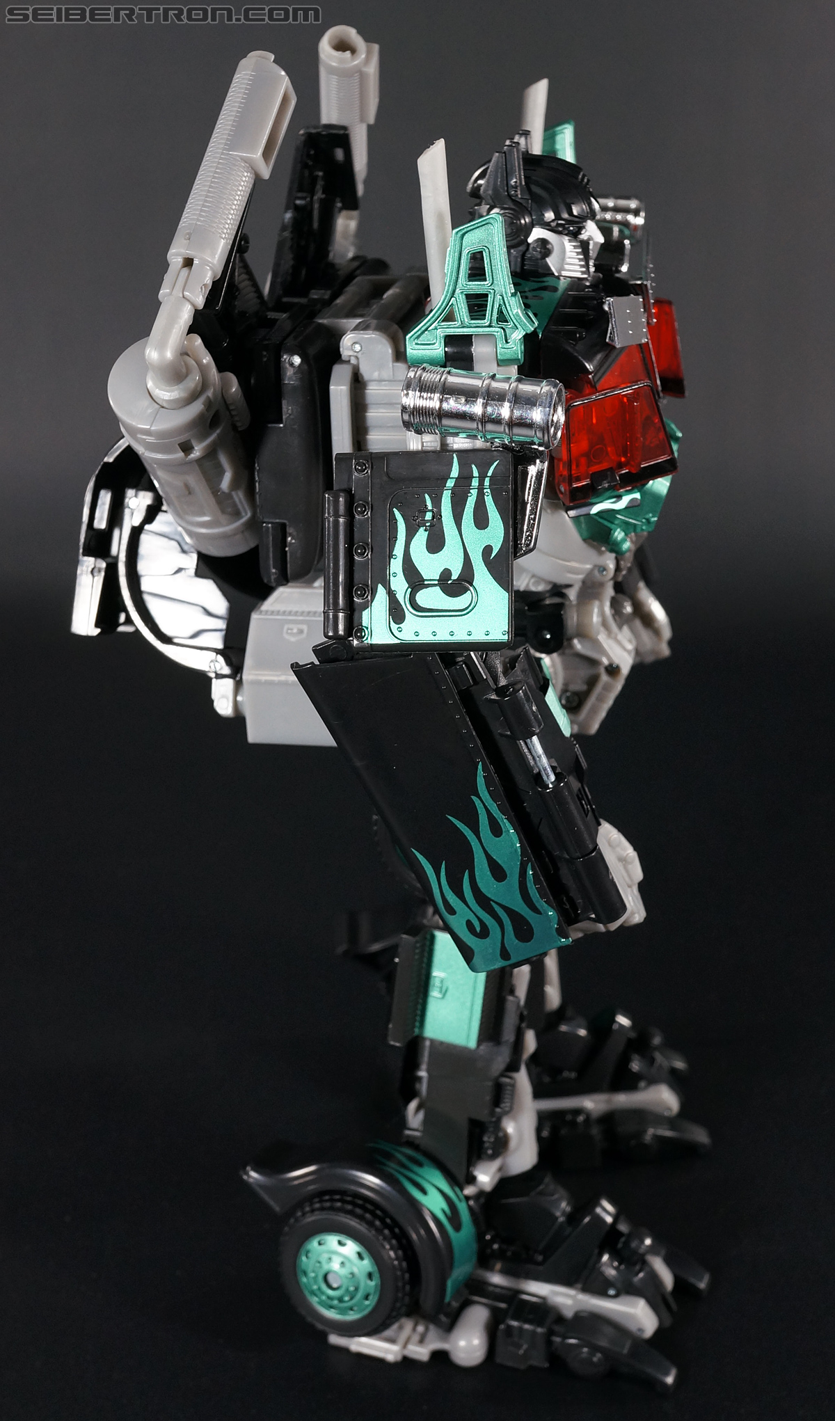 Transformers Dark of the Moon Jetwing Optimus Prime (Black Version) (Image #108 of 279)