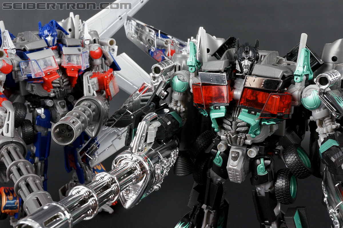 Transformers Dark of the Moon Jetwing Optimus Prime (Black Version) (Image #249 of 279)