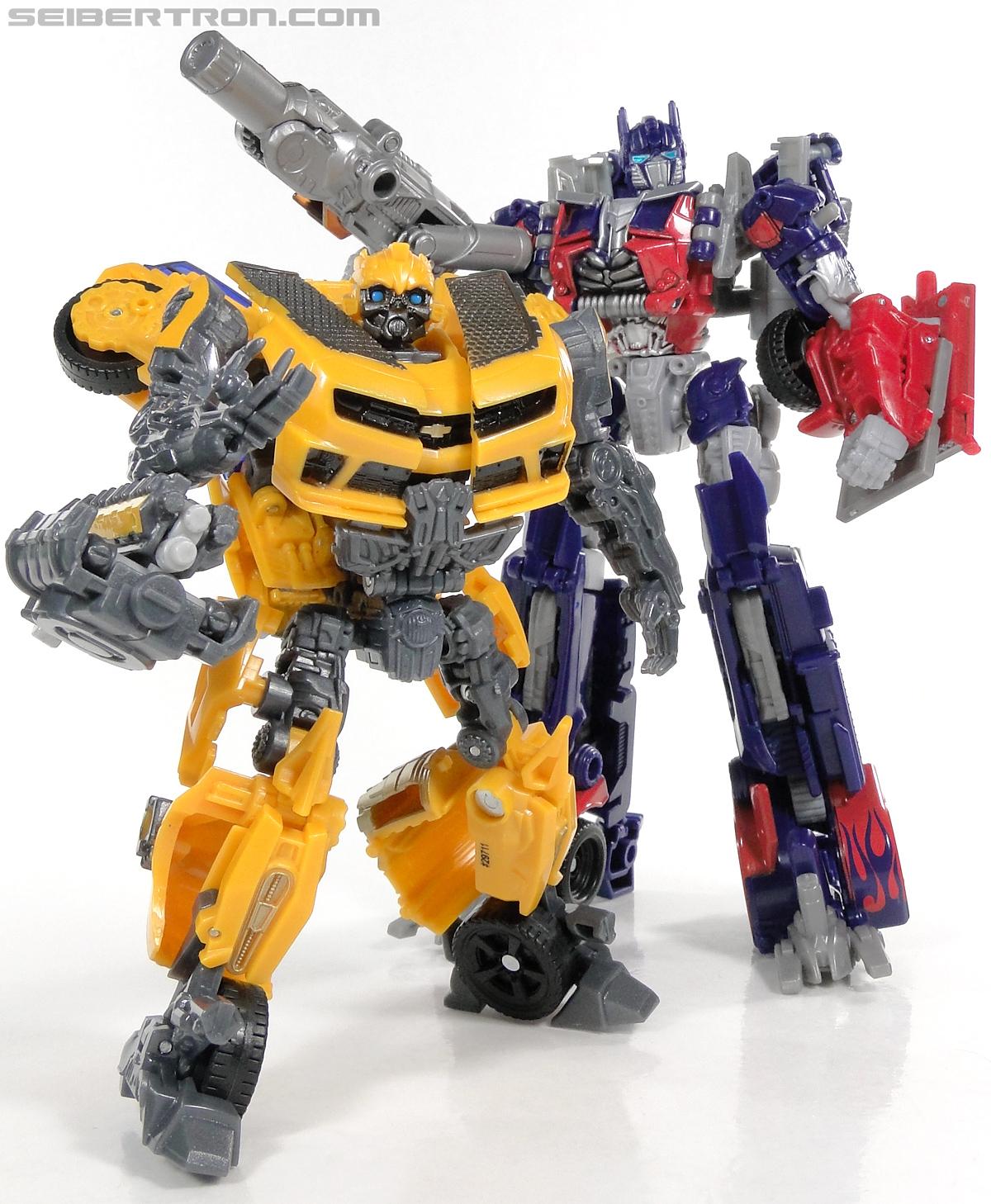 Nitro Bumblebee Dark of the Moon MechTech Deluxe Transformers