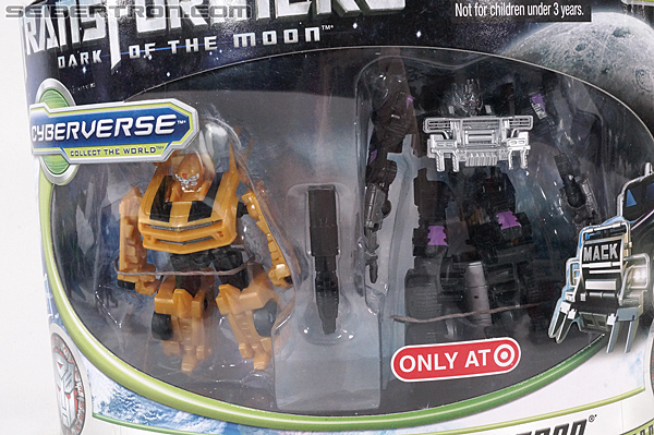 Transformers Dark of the Moon Megatron (Target) (Image #3 of 103)