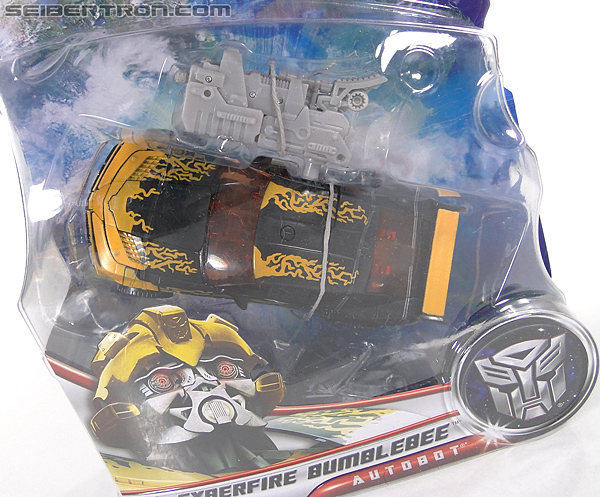 Transformers Dark of the Moon Cyberfire Bumblebee (Bumblebee) (Image #2 of 138)