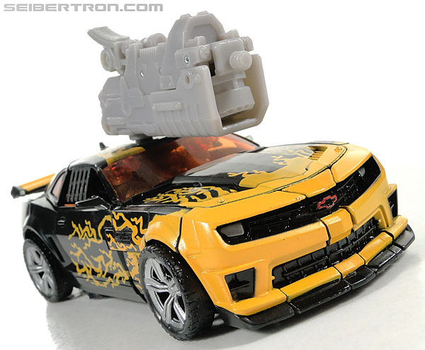 Transformers Dark of the Moon Cyberfire Bumblebee (Bumblebee) (Image #29 of 138)