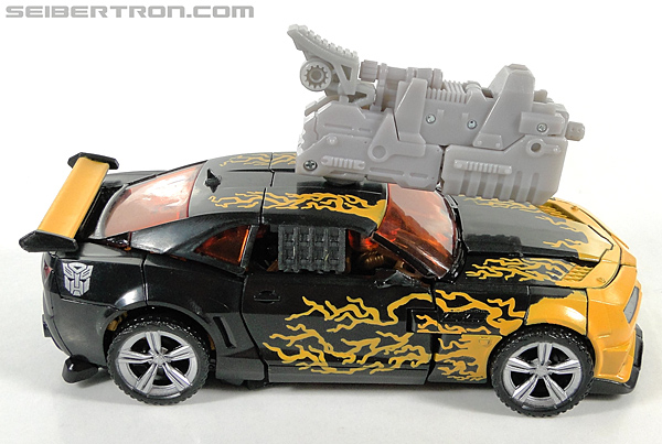 Transformers Dark of the Moon Cyberfire Bumblebee (Bumblebee) (Image #31 of 138)