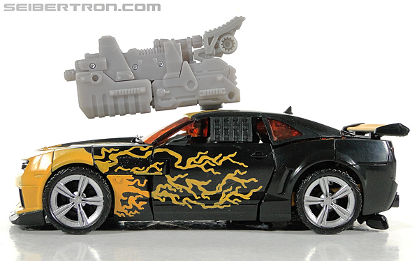 Transformers Dark of the Moon Cyberfire Bumblebee (Bumblebee) (Image #36 of 138)