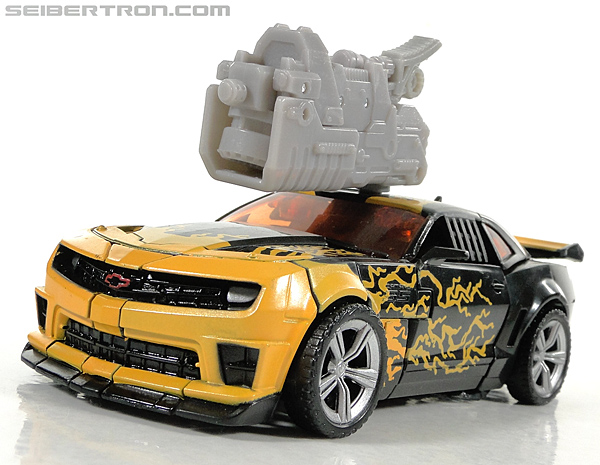 Transformers Dark of the Moon Cyberfire Bumblebee (Bumblebee) (Image #37 of 138)