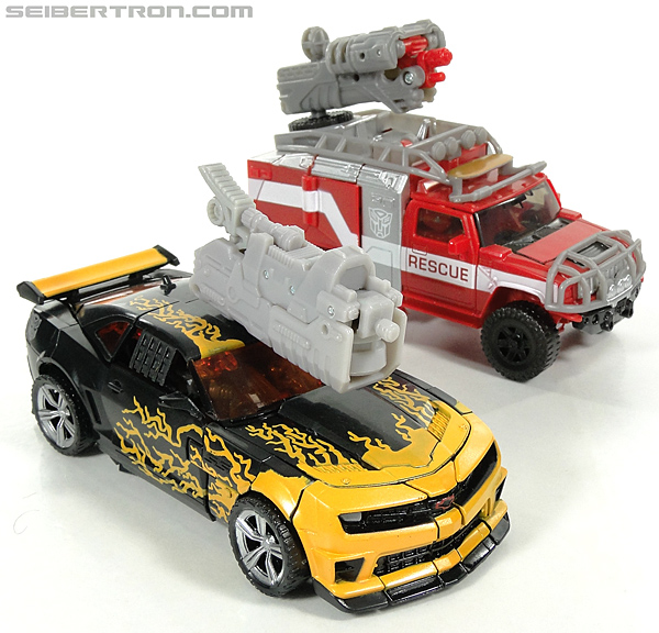 Transformers Dark of the Moon Cyberfire Bumblebee (Bumblebee) (Image #41 of 138)