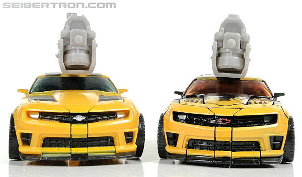 Transformers Dark of the Moon Cyberfire Bumblebee (Bumblebee) (Image #44 of 138)