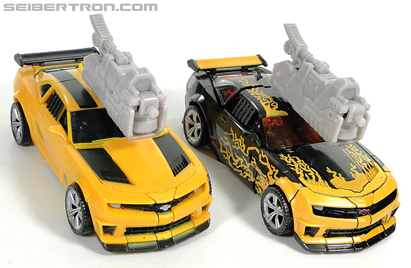 Transformers Dark of the Moon Cyberfire Bumblebee (Bumblebee) (Image #45 of 138)