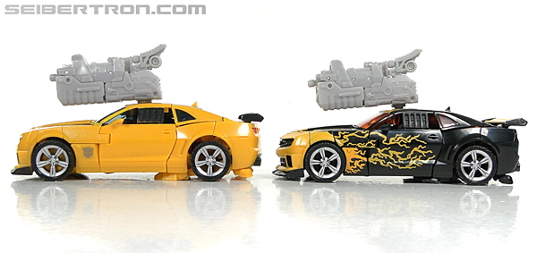 Transformers Dark of the Moon Cyberfire Bumblebee (Bumblebee) (Image #48 of 138)