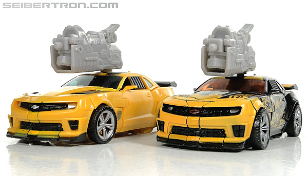 Transformers Dark of the Moon Cyberfire Bumblebee (Bumblebee) (Image #49 of 138)