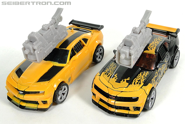 Transformers Dark of the Moon Cyberfire Bumblebee (Bumblebee) (Image #50 of 138)