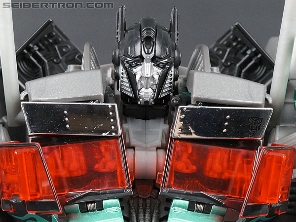 Dark of the Moon Jetwing Optimus Prime (Black Version) gallery