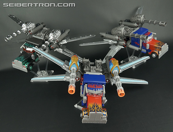 New Toy Gallery: Amazon Exclusive Transformers: Dark of ...