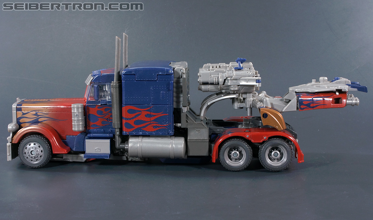 Transformers Dark of the Moon Striker Optimus Prime (Image #43 of 228)