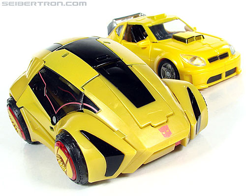 Transformers War For Cybertron Cybertronian Bumblebee (Image #55 of 145)