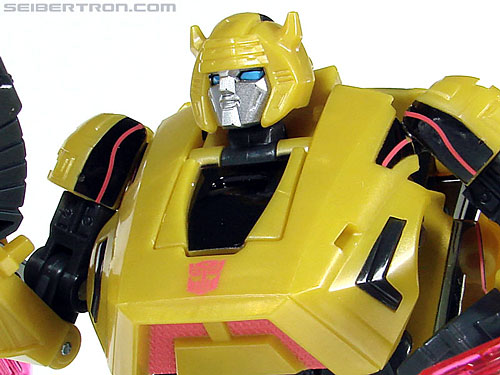 Transformers War For Cybertron Cybertronian Bumblebee (Image #100 of 145)