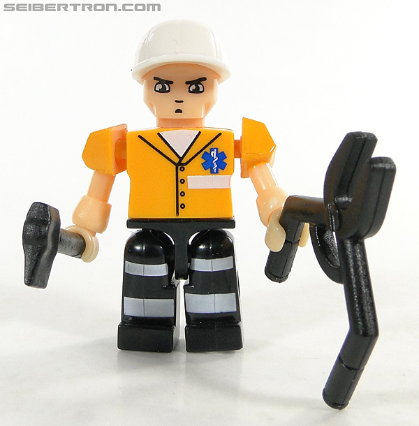 Kre-O Transformers Kreon Medic (Image #3 of 41)